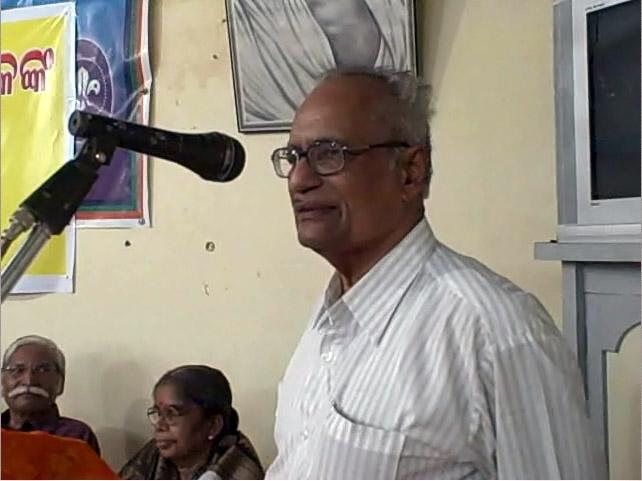 Bibhuti Pattanaik launching the book