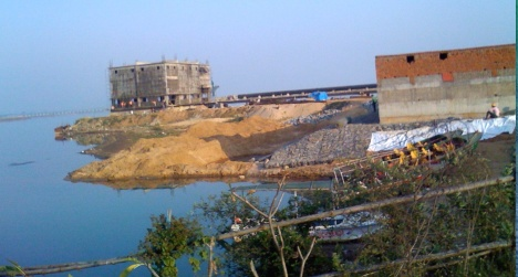 Mahanadi bed in industrial trap